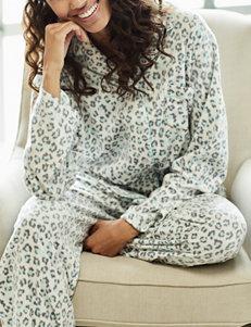 Hannah Ivory Pajama Sets