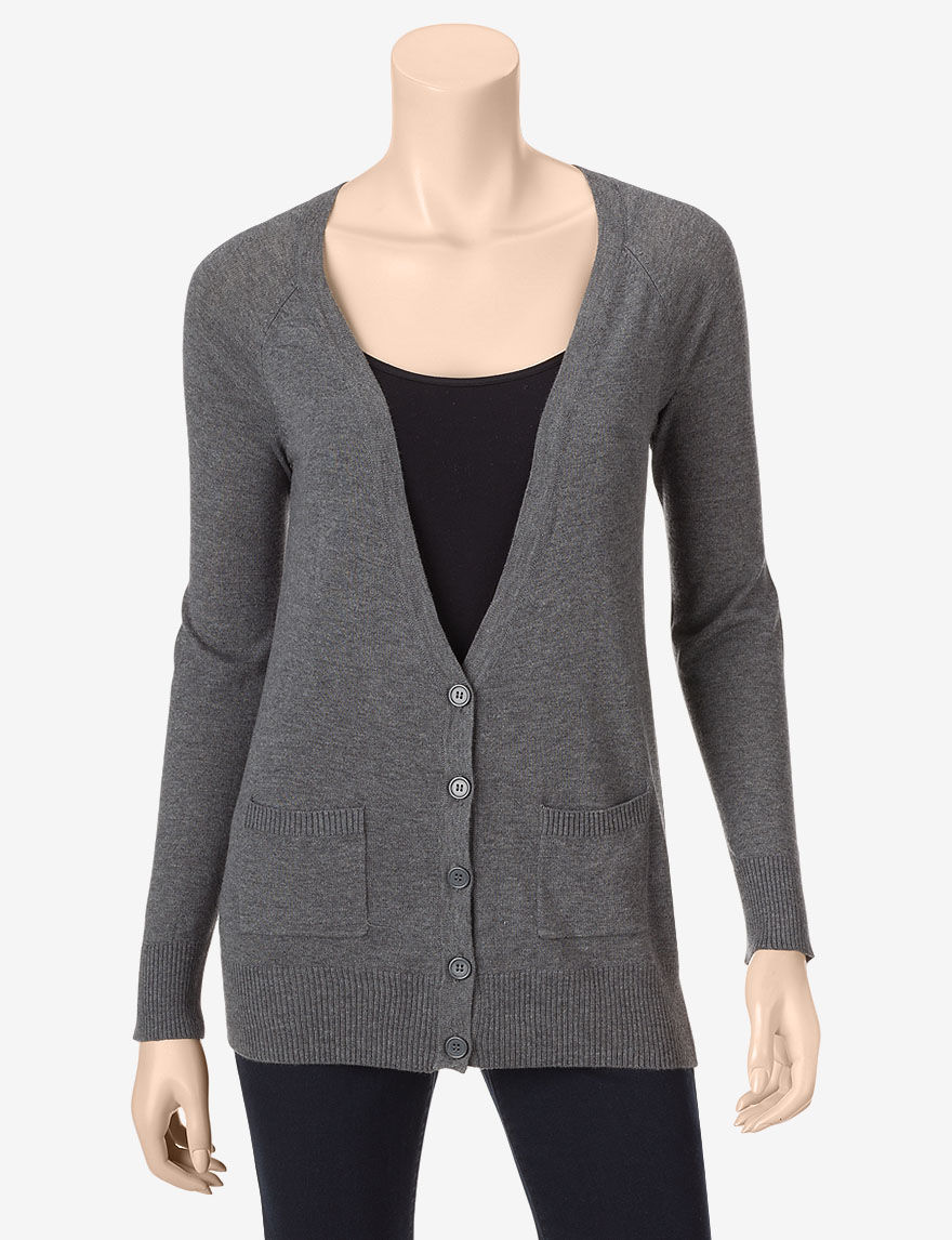 Stock up and layer up with a variety of comfy sweaters for juniors at JCPenney. Our cozy cardigans come in a variety of styles. Cover up in a soft button-front or take advantage of the modern flyaway design of an open-front cardigan.