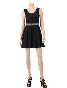 Emerald Sundae Black Bejeweled Belt Pleated Dress – Juniors