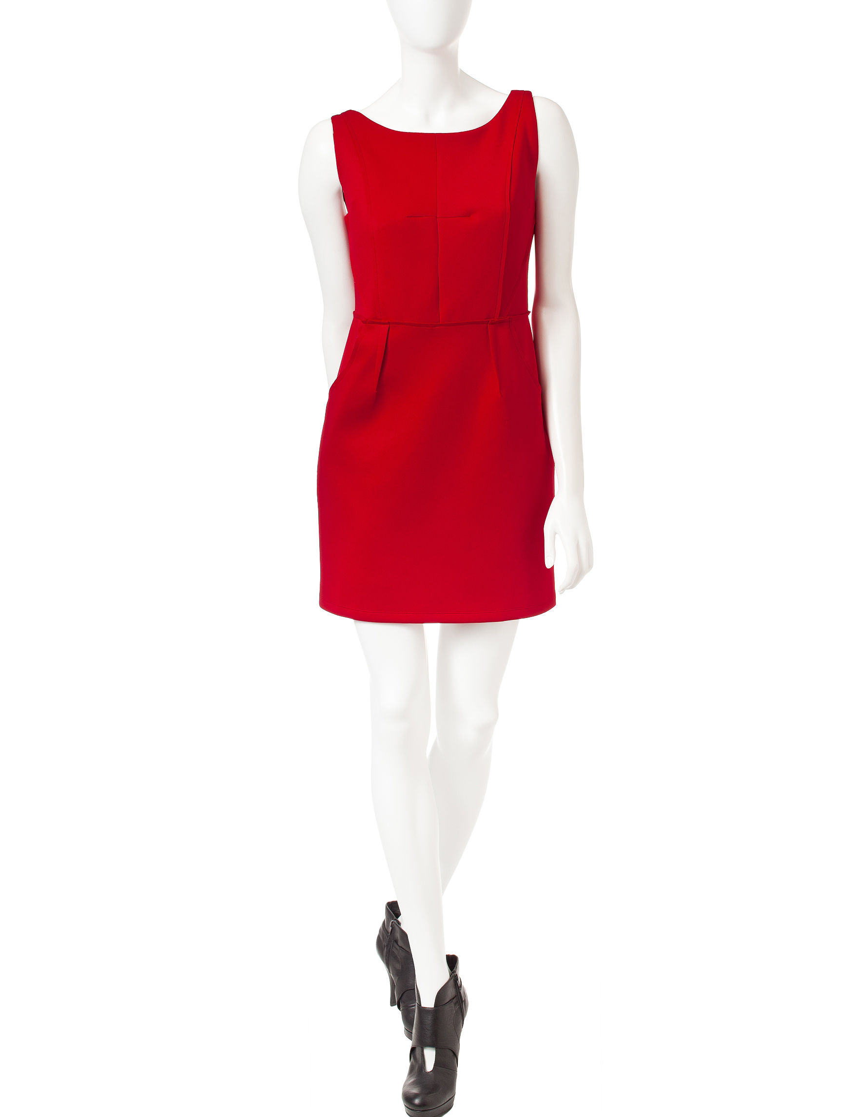 Romeo + Juliet Couture Red Sheath Dresses