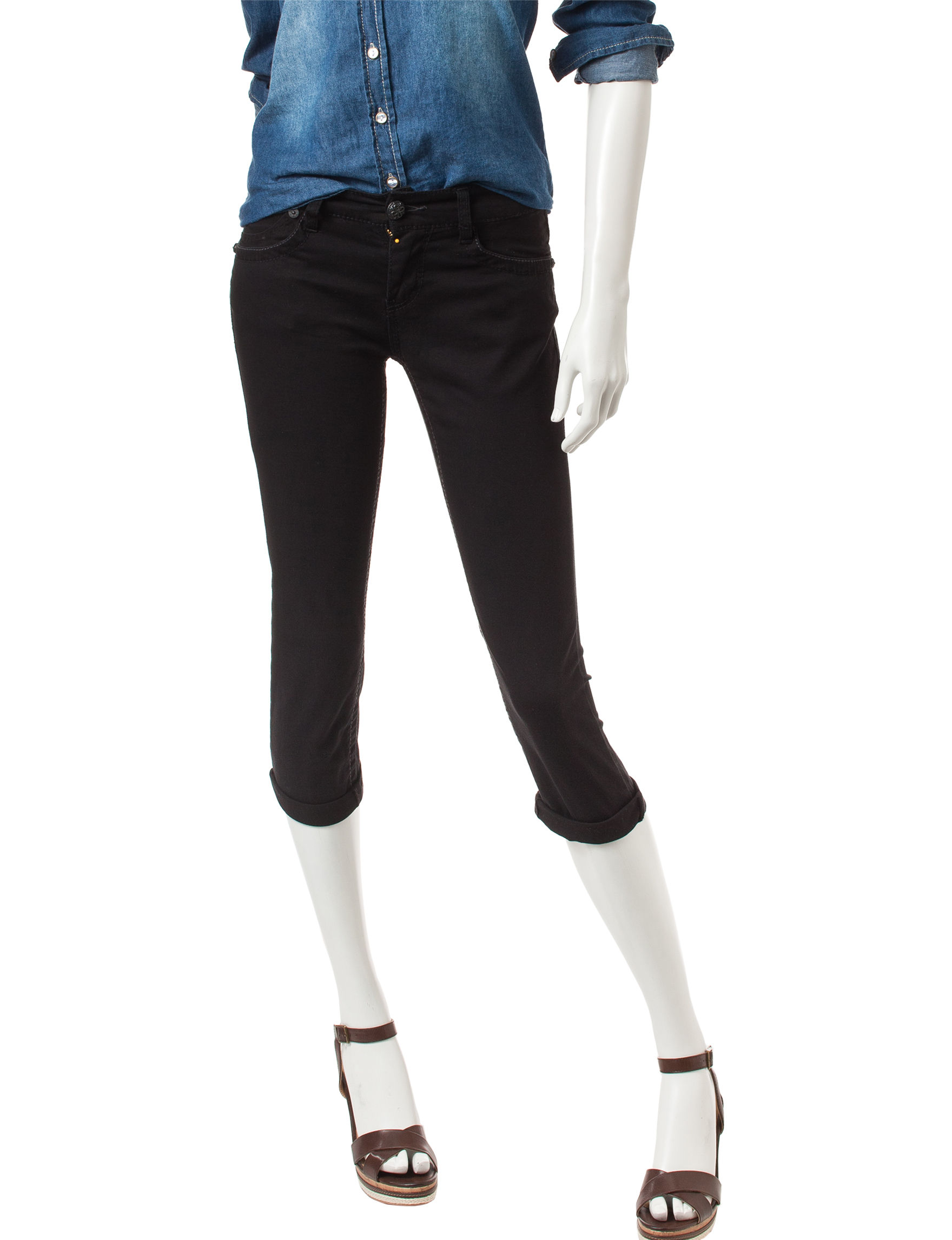 Union Bay Black Capris & Crops