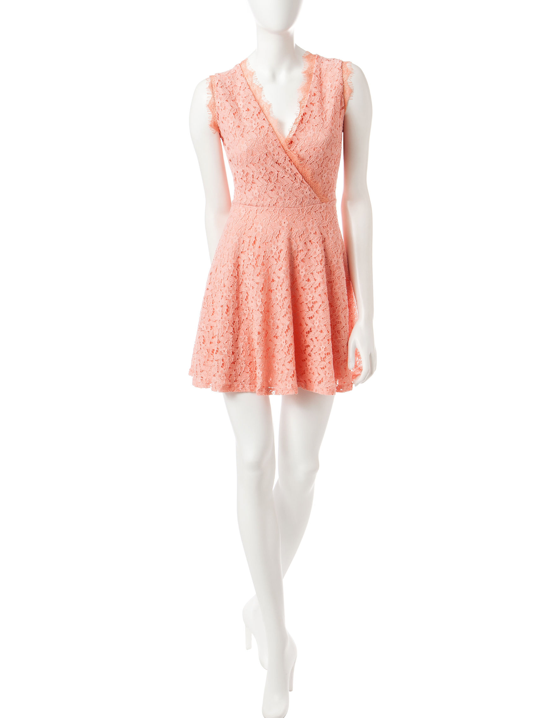 Romeo + Juliet Couture Peach Cocktail & Party Sundresses