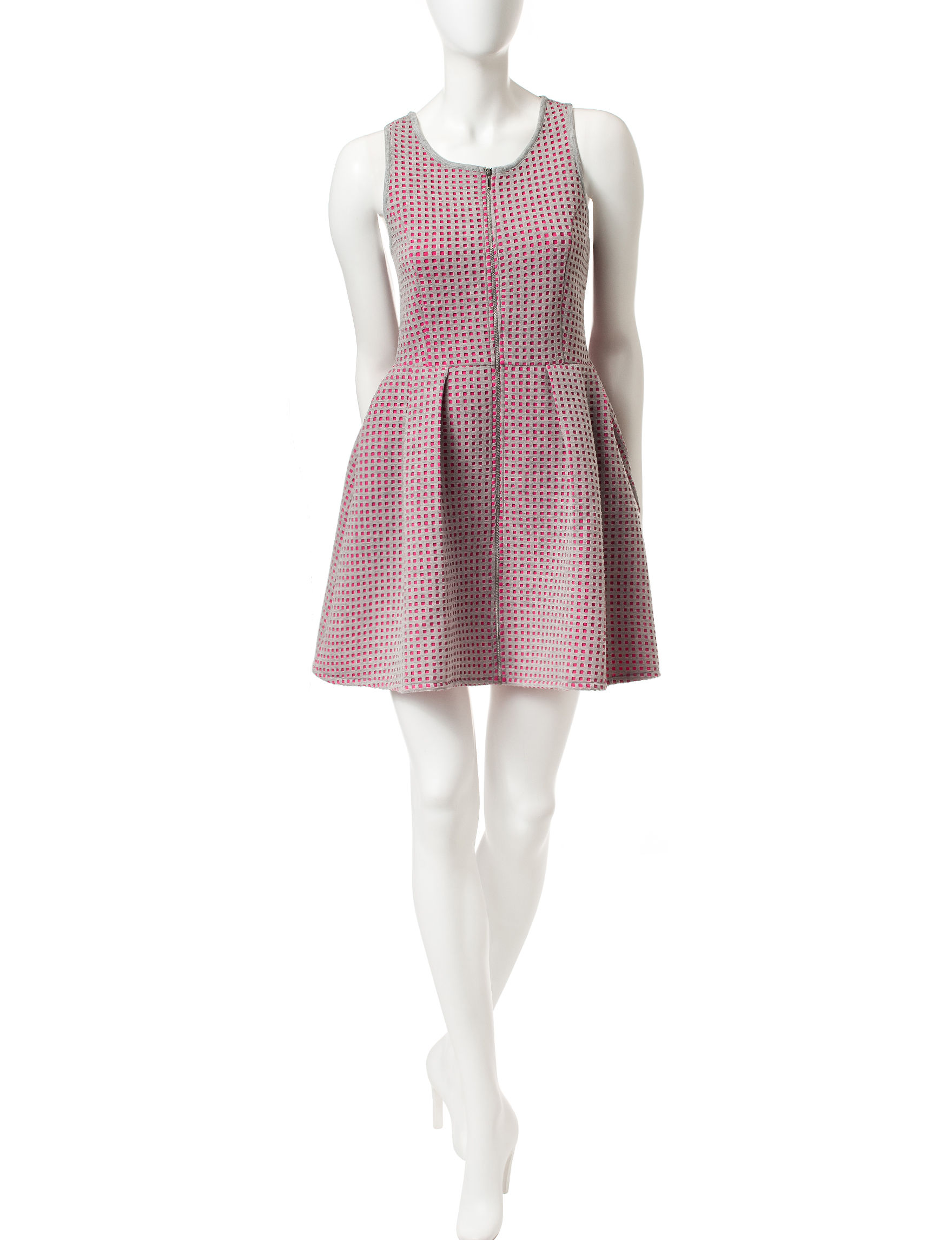 Romeo + Juliet Couture Grey / Pink Fit & Flare Dresses