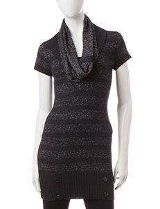Made for Me to Look Amazing Black / Silver Sweaters Tunics