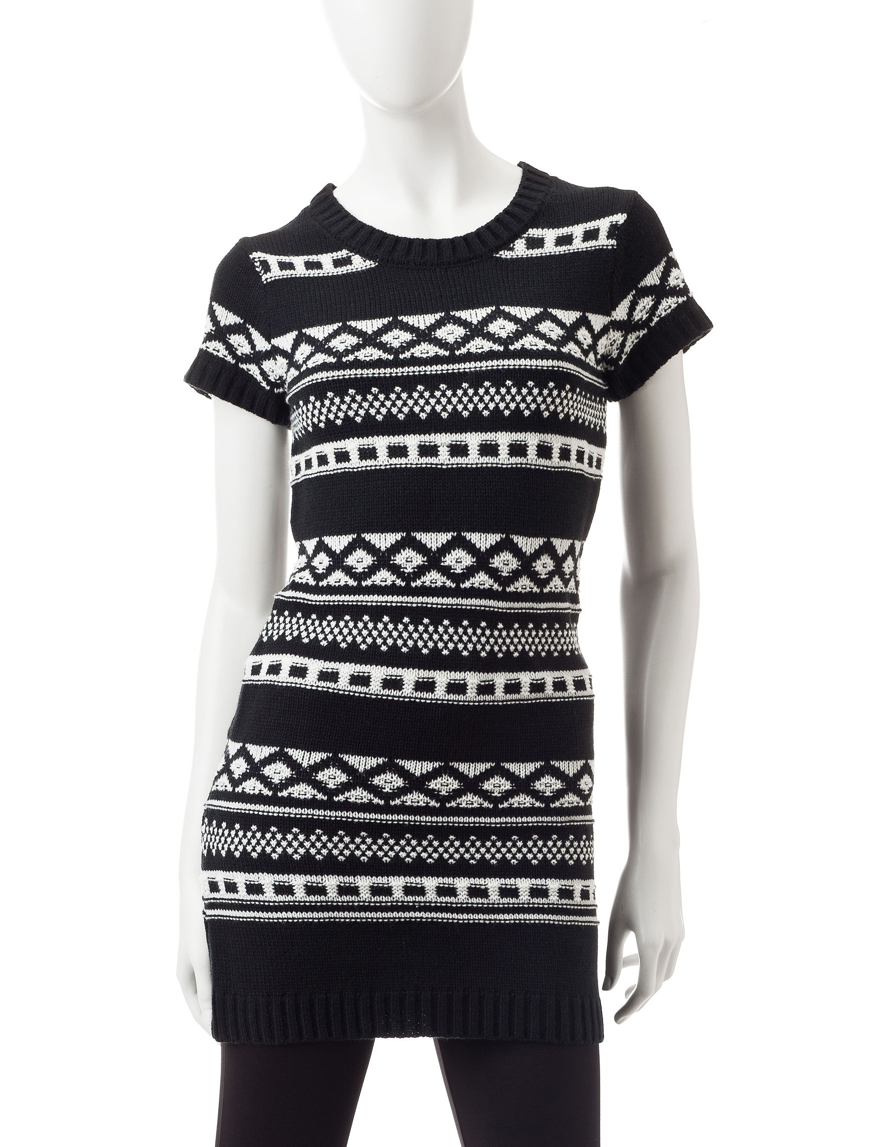 Made for Me to Look Amazing Black / White Sweaters Tunics