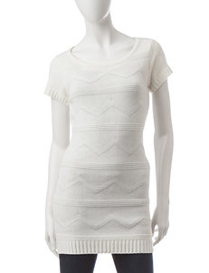 Made for Me to Look Amazing White Tunics