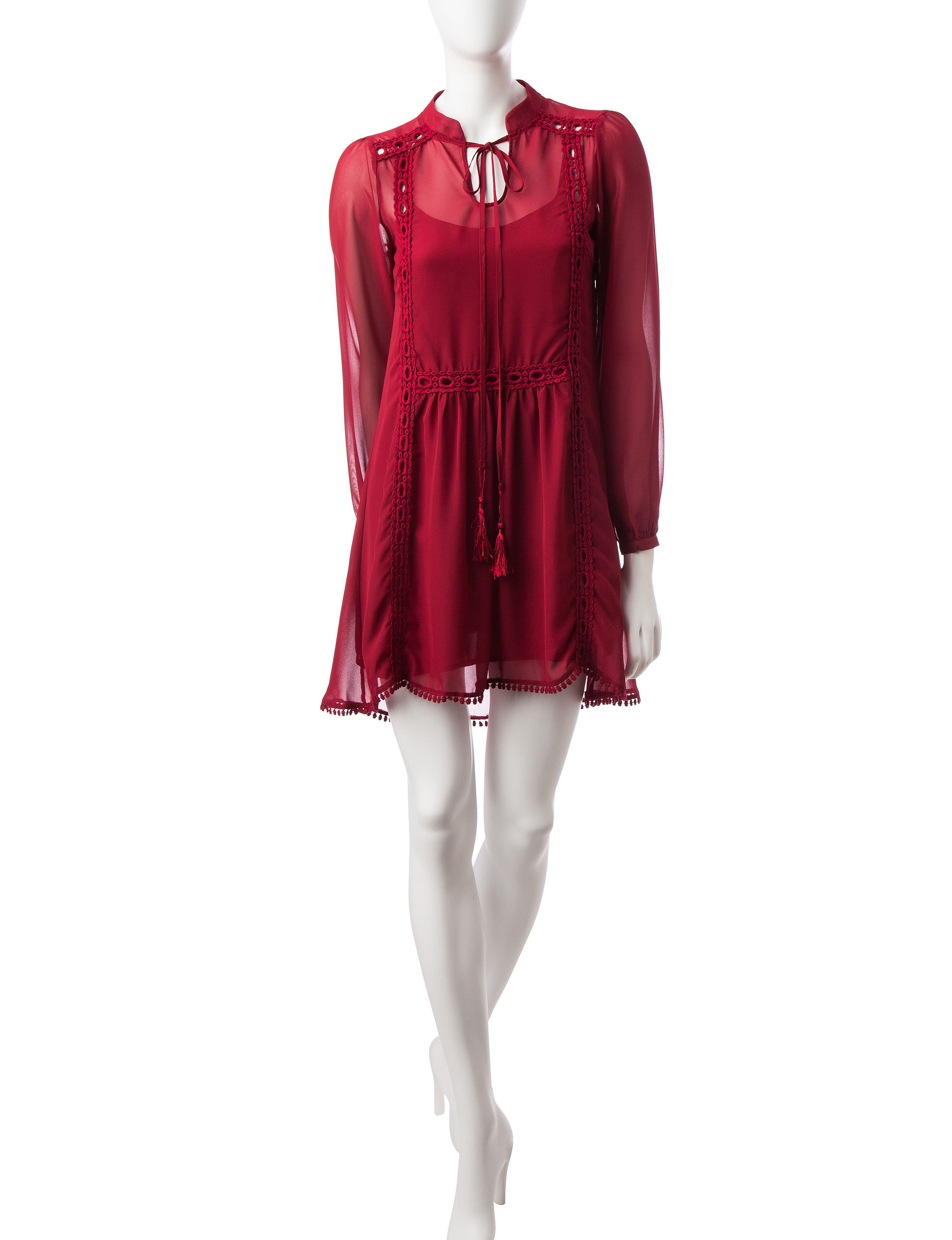 Romeo + Juliet Couture Deep Red Cocktail & Party Shift Dresses