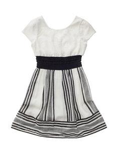 Trixxi Black / White