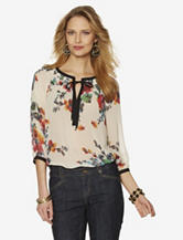 Signature Studio Floral Print Peasant Top – Misses