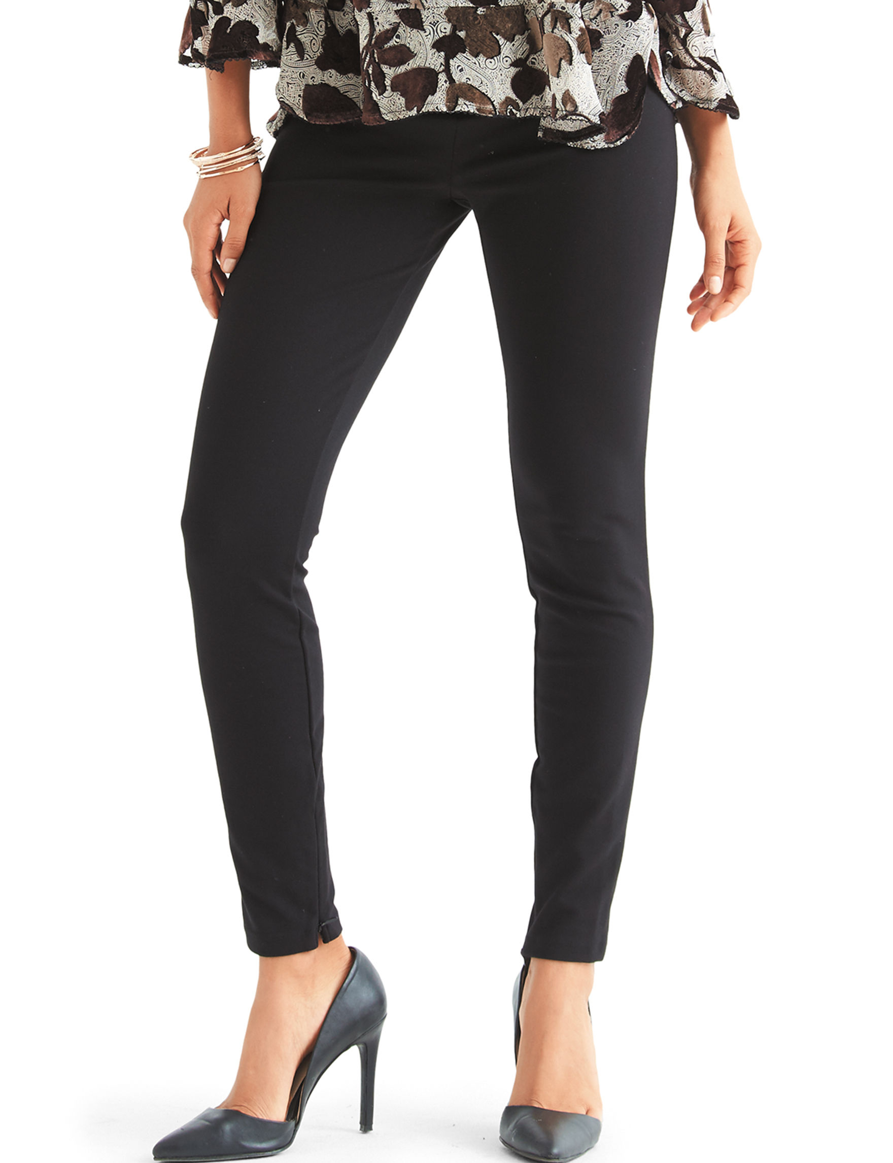 Chaus Black Leggings