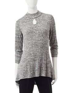 Hannah Black / Cream Shirts & Blouses