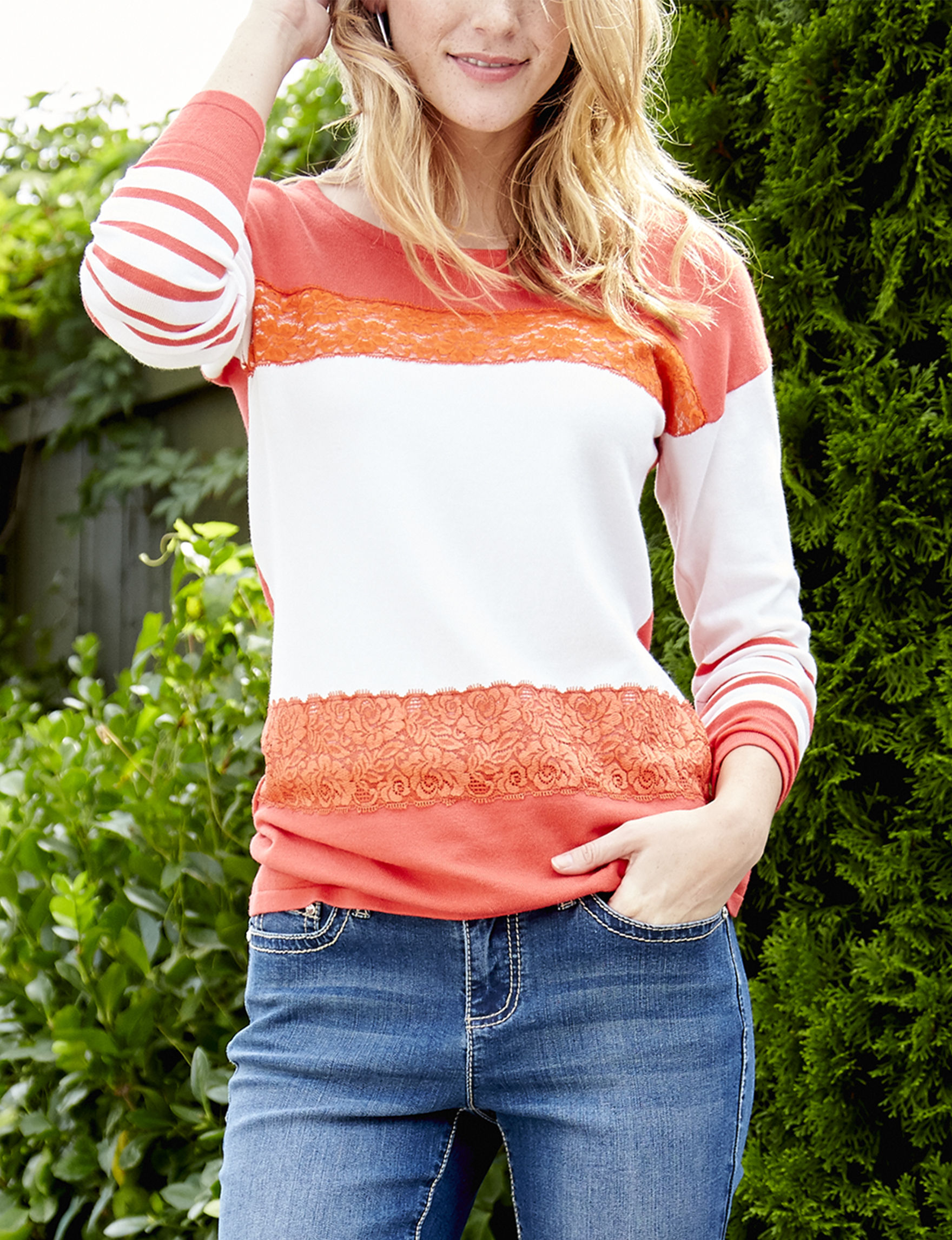 Hannah Coral / Ivory Pull-overs Sweaters