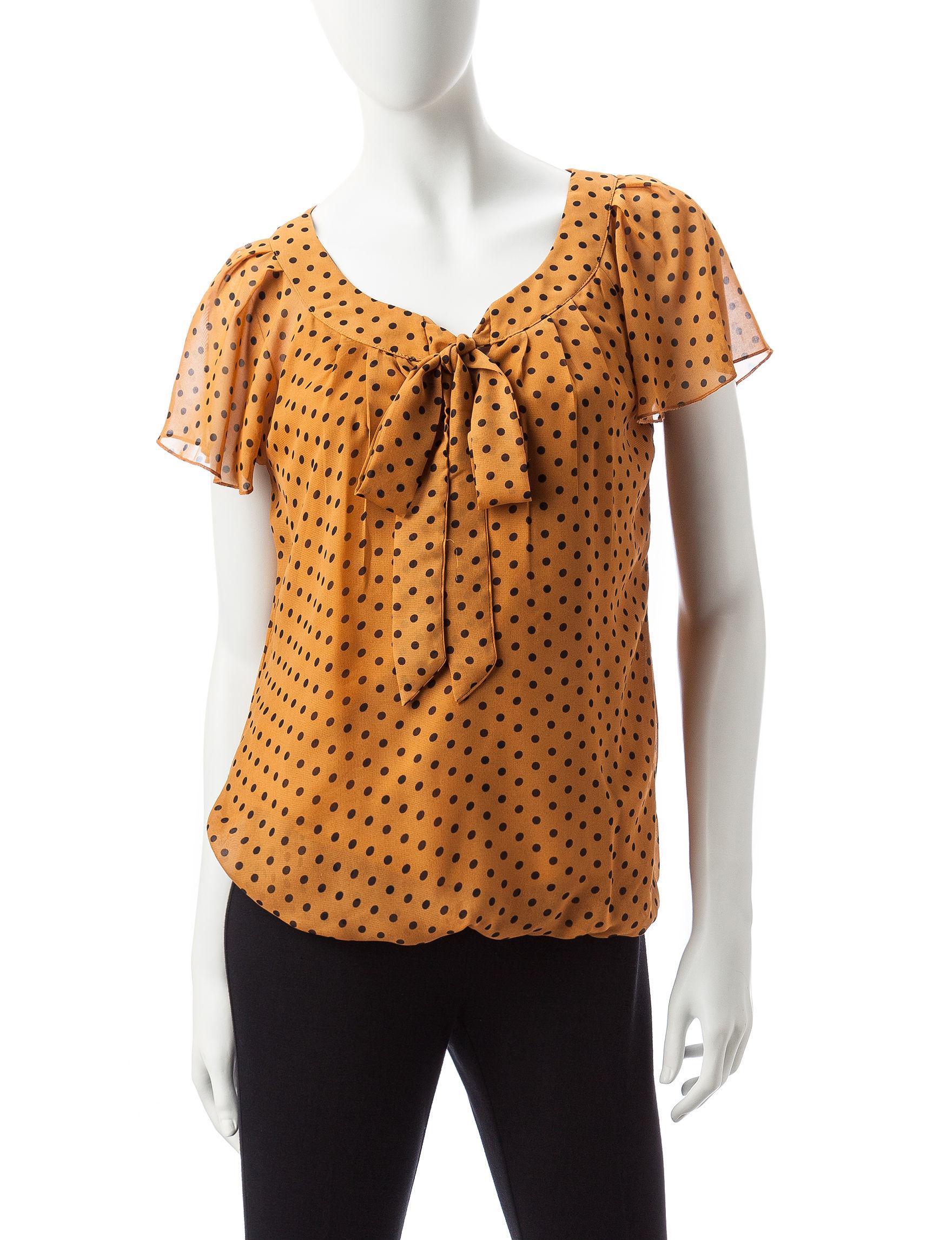 Sara Michelle Brown / Black Shirts & Blouses