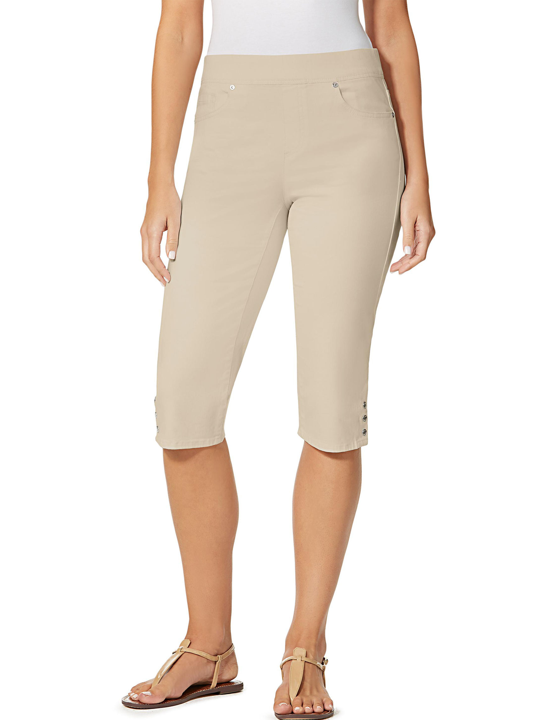 Gloria Vanderbilt Light Brown Capris & Crops