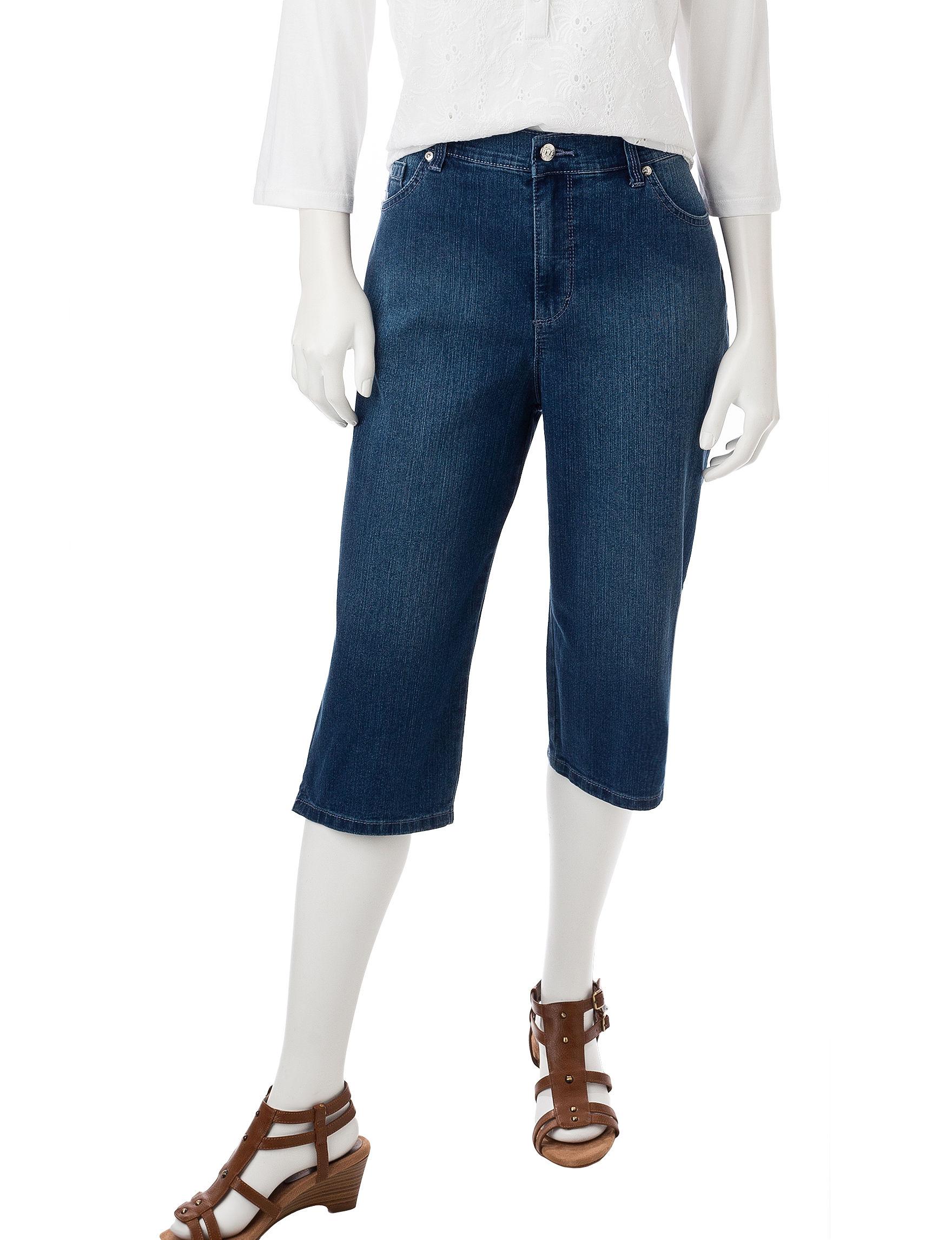 Gloria Vanderbilt Medium Wash Capris & Crops