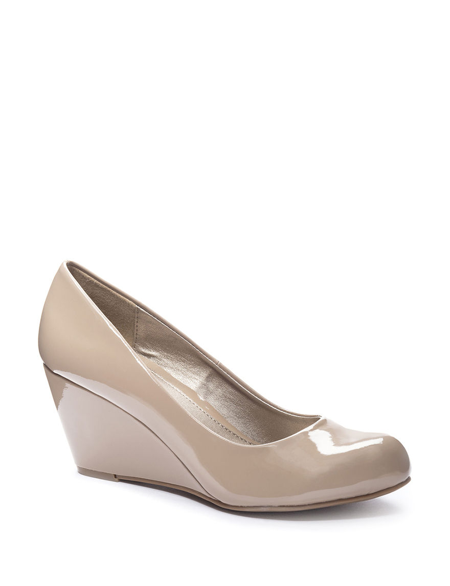 CL by Laundry Nude Wedge Pumps