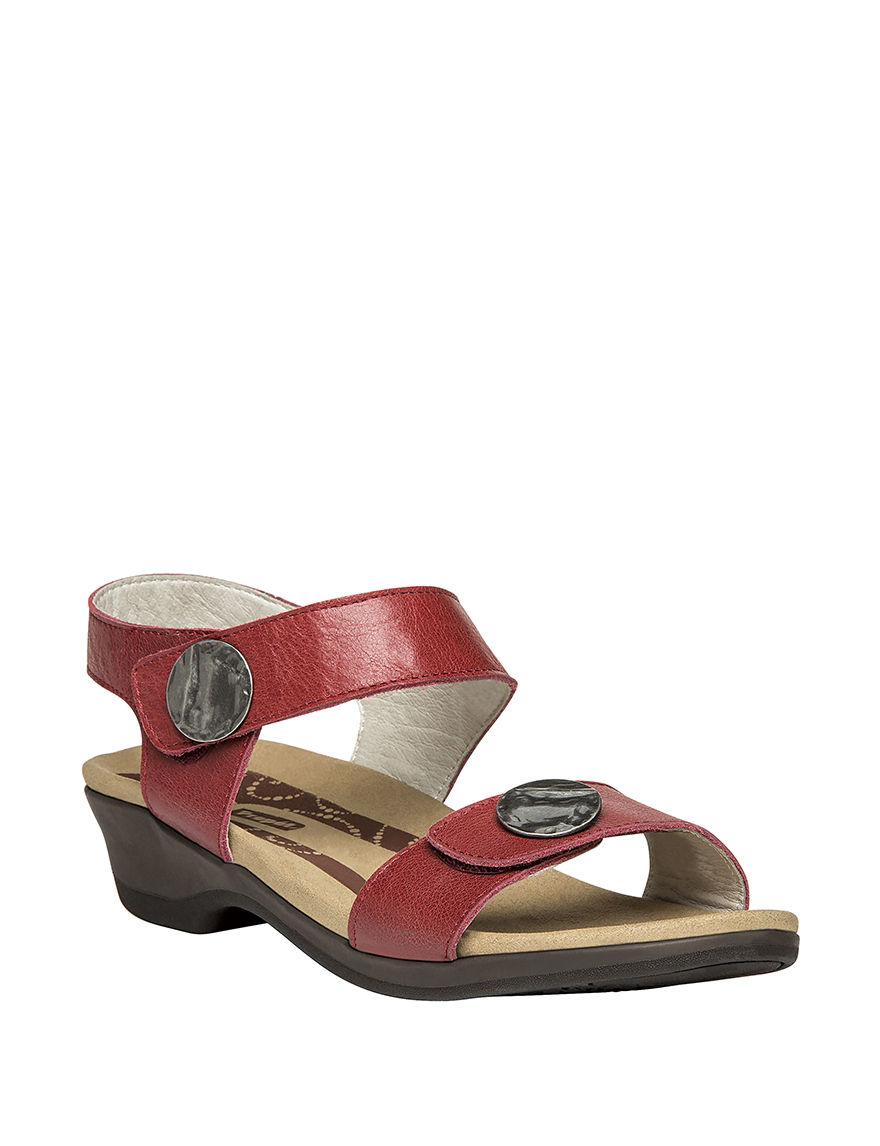 Propet Red Flat Sandals Comfort