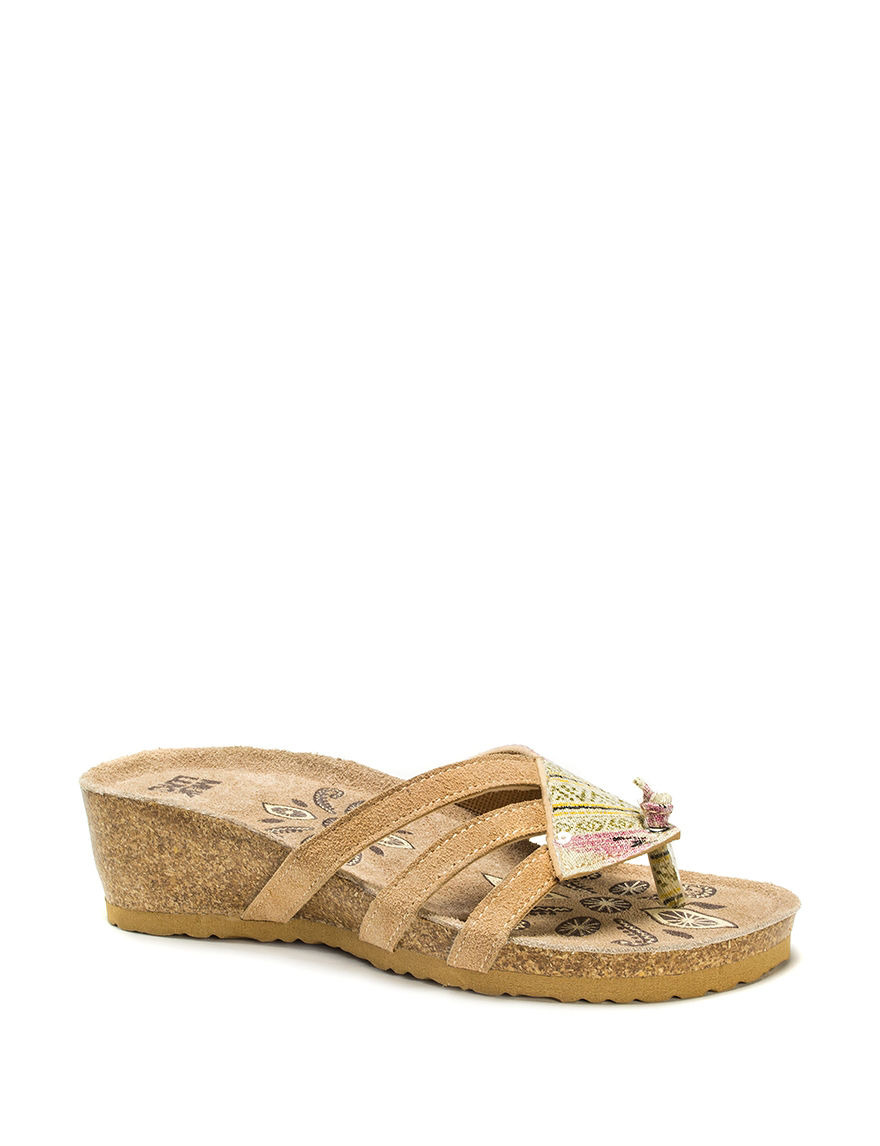 Muk Luks Pink Wedge Sandals