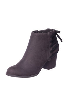 Indigo Rd. Grey Ankle Boots & Booties