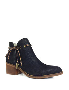 Groove Footwear Braid Heeled Boots