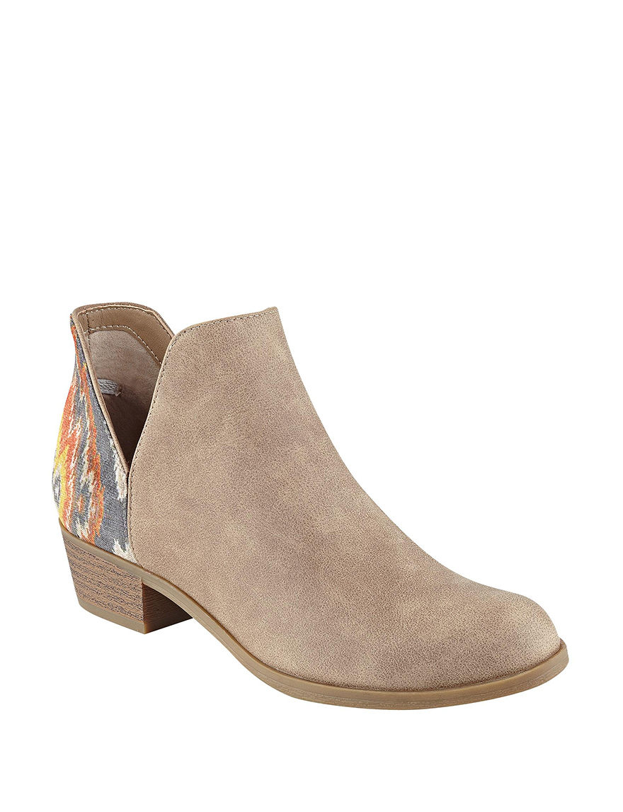Indigo Rd. Tan Ankle Boots & Booties