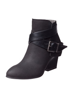 Life Stride Black Ankle Boots & Booties
