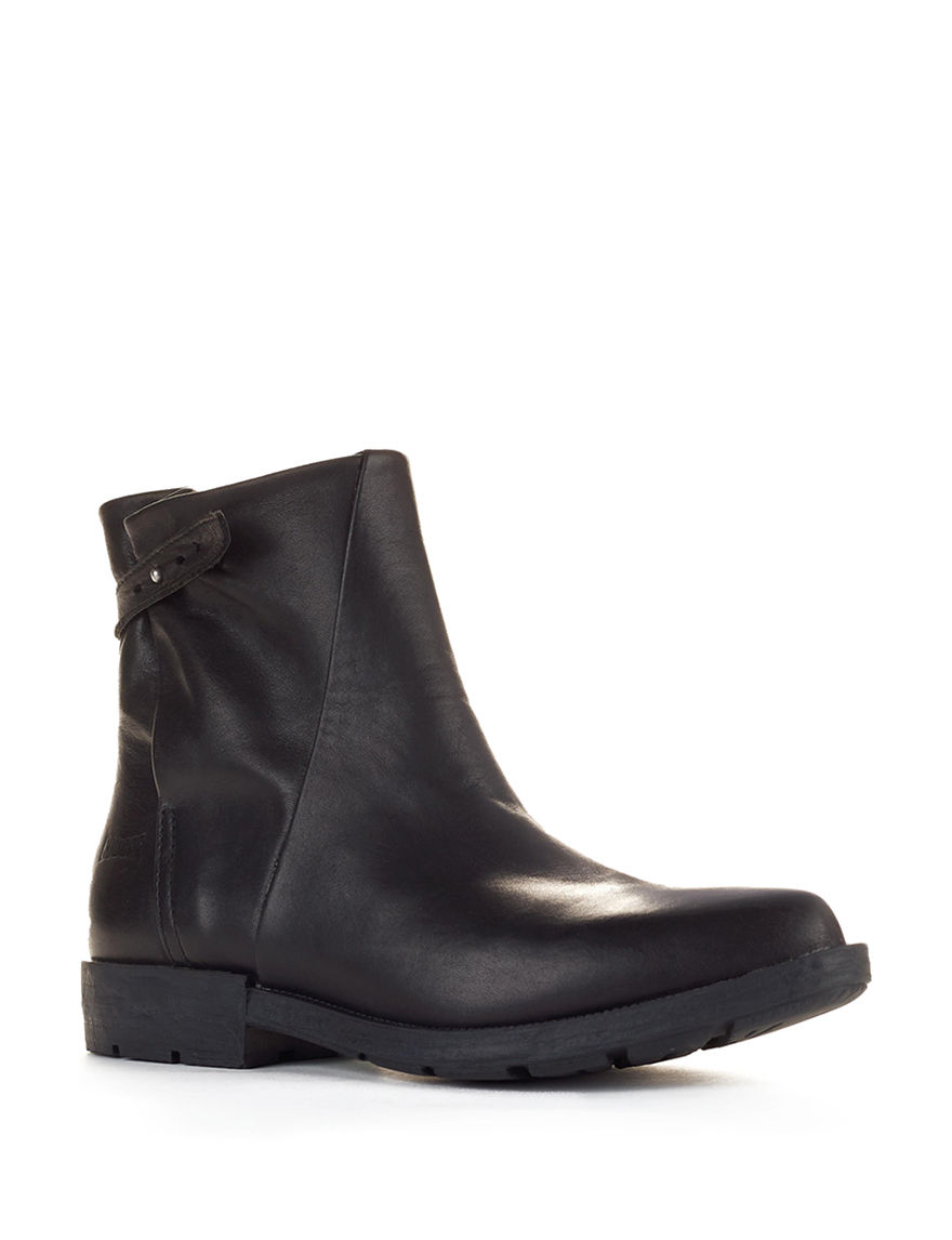 Cougar Black Ankle Boots & Booties