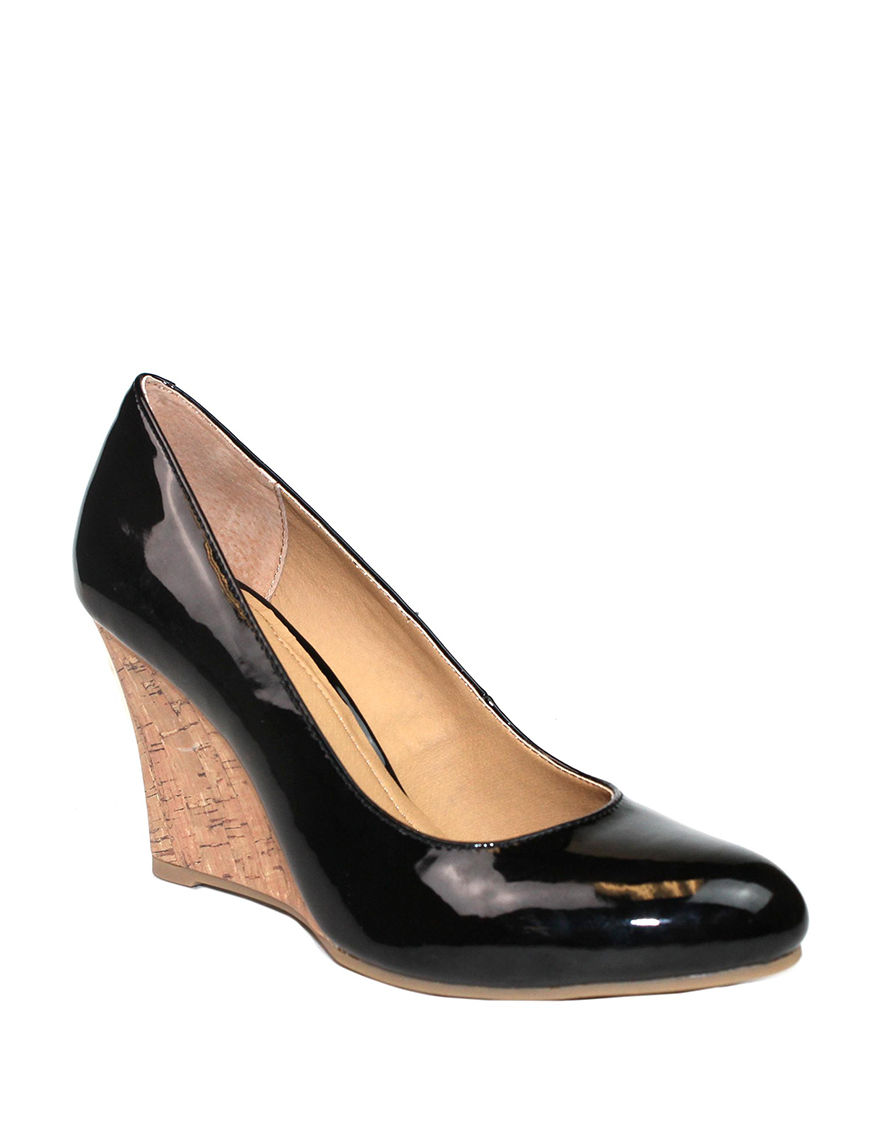 Rialto Black Wedge Pumps