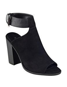 Indigo Rd. Mashi Heeled Booties