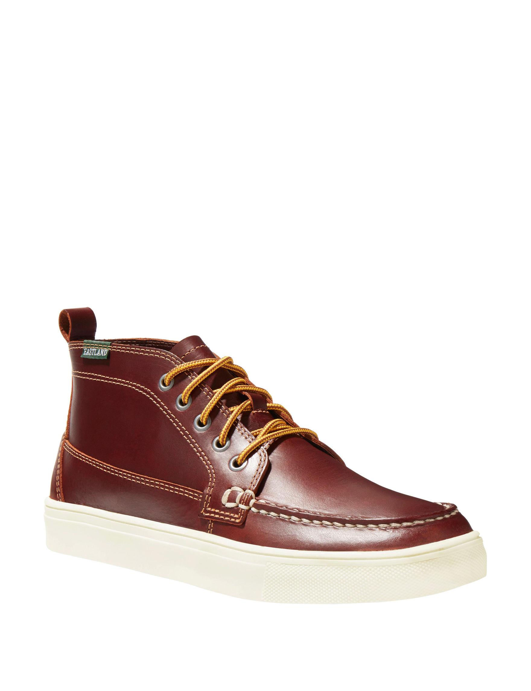 Eastland Medium Brown Chukka Boots