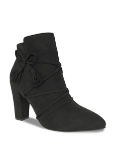 Groove Footwear Black Ankle Boots & Booties