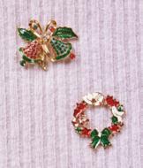 Holiday Pin - Christmas Wreath