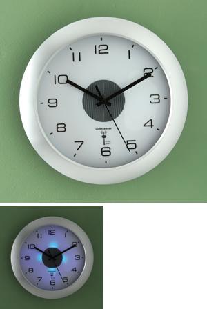 Modern-Style Radio Control Clock with Light