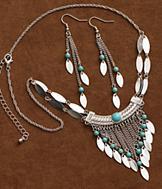 Silverado Feather Necklace