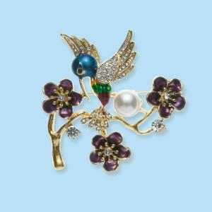 Bejeweled Hummingbird Brooch