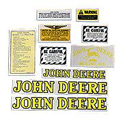 DEC017 - JD LA 1939-46: Mylar Decal Set