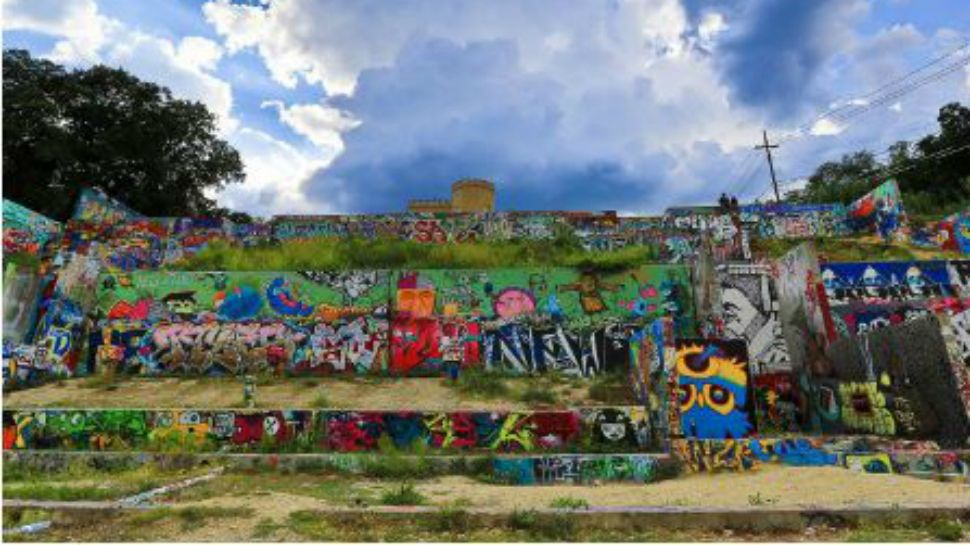 Austin officials vote unanimously to demolish iconic 'graffiti park'