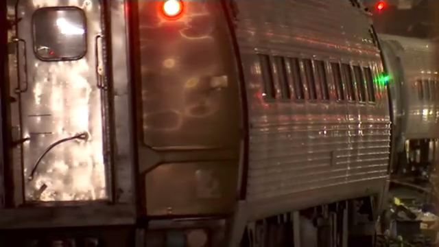 Queens 7 train station catches LIRR overflow during summer of hell