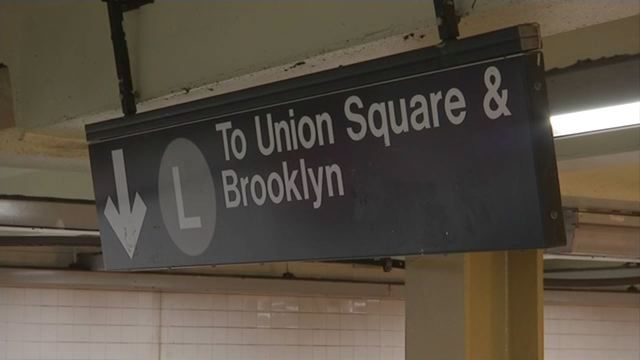 L train riders rally in Williamsburg to demand more service during construction