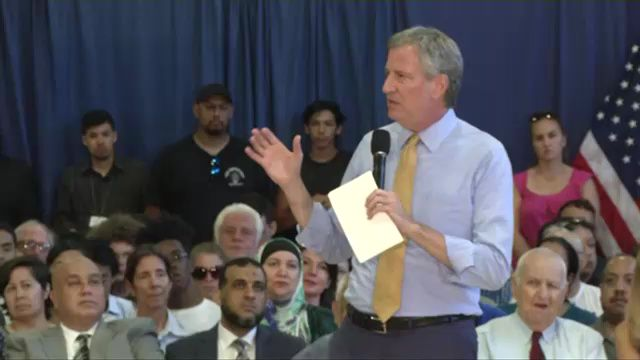De Blasio, in response to reports he intervened in business on behalf of campaign donor, says he did nothing wrong