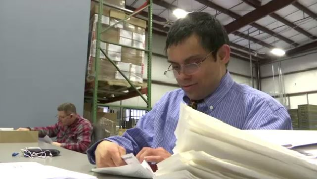 Commercial Services Offers Mailing Assistance, Provides Jobs to Disabled