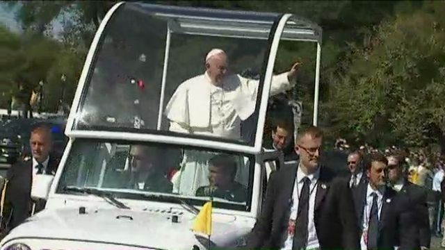 NY1/Baruch Poll: Most NYers Say They Aren't Planning to See Pope Francis While He is in Town