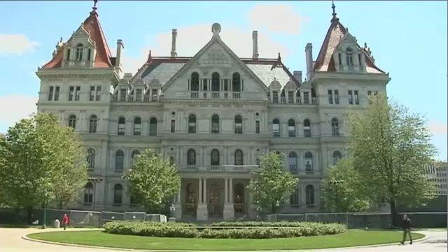 Legislators to Work Past Deadline on State Budget