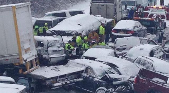 35 Cars Involved in Massive Pileup on I-81 in Jefferson County
