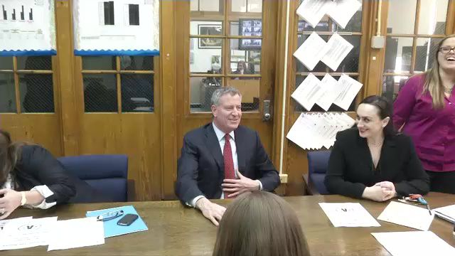 DOE Spending A Lot More on Central Staff Under de Blasio