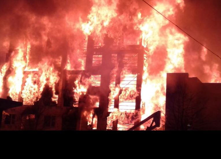 Displaced Residents Return to Gather Belongings Following Massive Fire in Downtown Raleigh