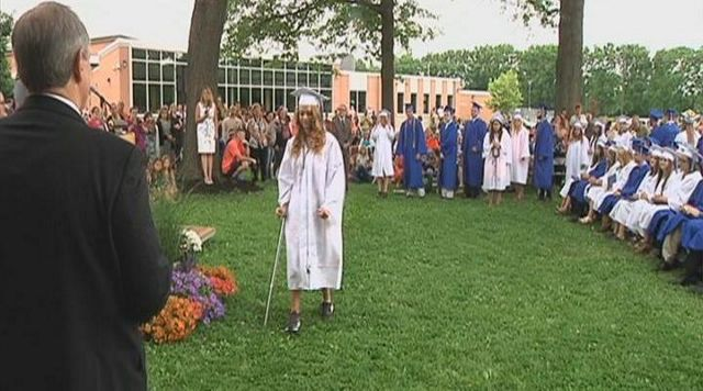 Student Overcomes Paralysis to Walk at Graduation