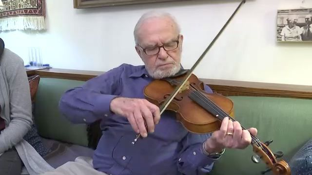 Unlikely Friendship Between Bronx Girl and Holocaust Survivor Forged in Oscar-Nominated 'Joe's Violin'