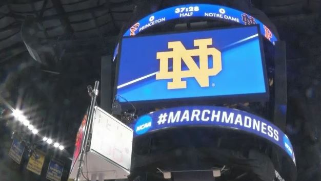 It's 'Snow' Problem: Weather Not a Distraction for March Madness Ballers