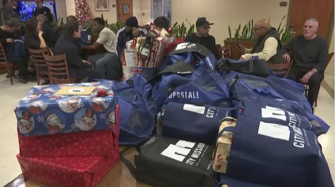 Queens Students Spread Cheer to Homeless Men in Maspeth